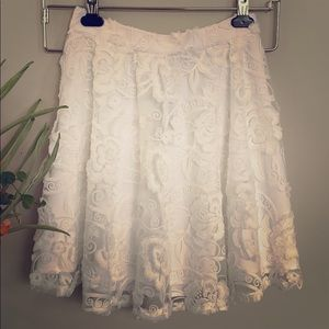 Bebe Laced Floral White Skirt